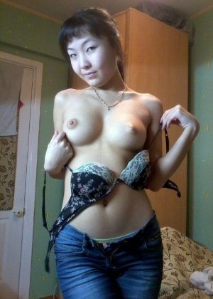 Anthia ukrainian escorts in Crystal Lake, IL